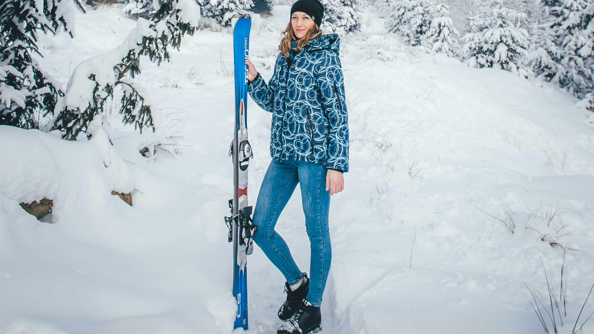 Women's-Ski-Pantson-on-DailymirrorToday